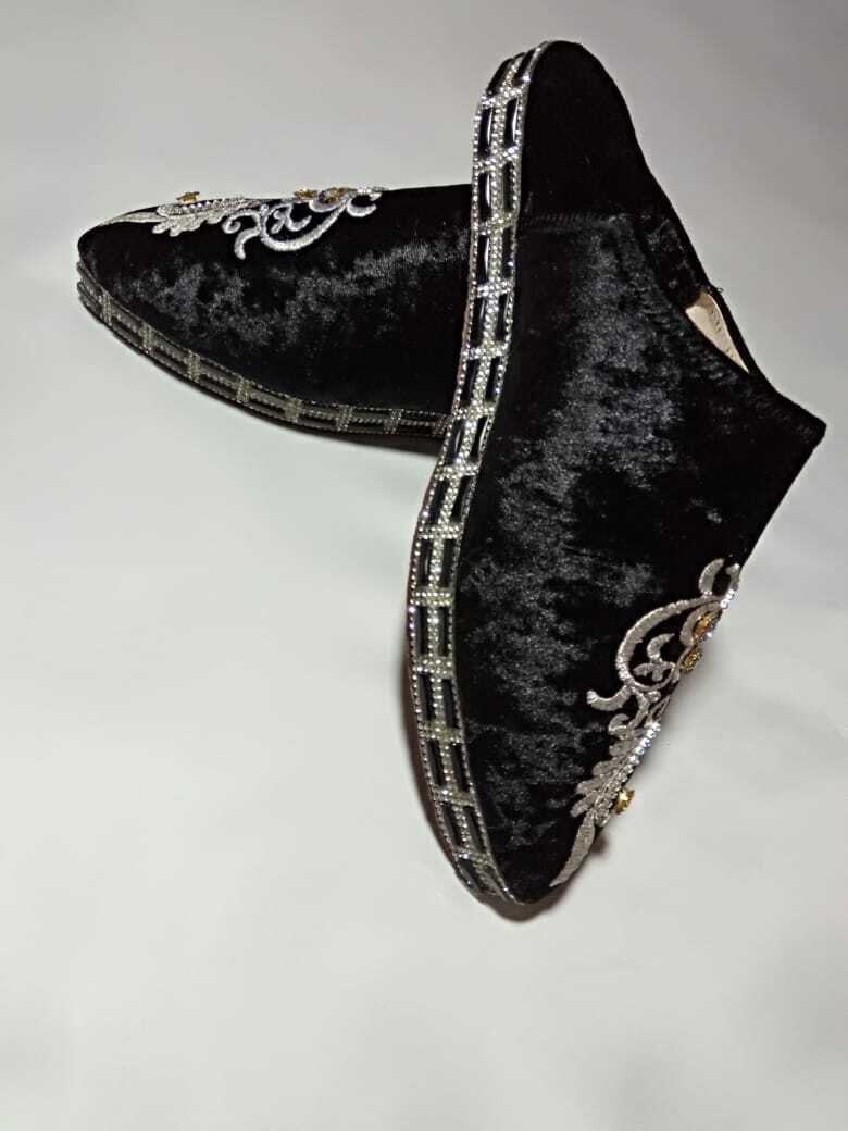 """""""new"""" babouche slippers Moroccan handmade """"modern traditional items"""" new fashion"""