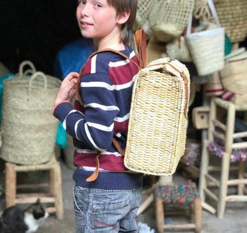 Handmade straw BackpacK-Basket backpack, Moroccan Basket, straw bag,market basket, Beach Bag, straw bag