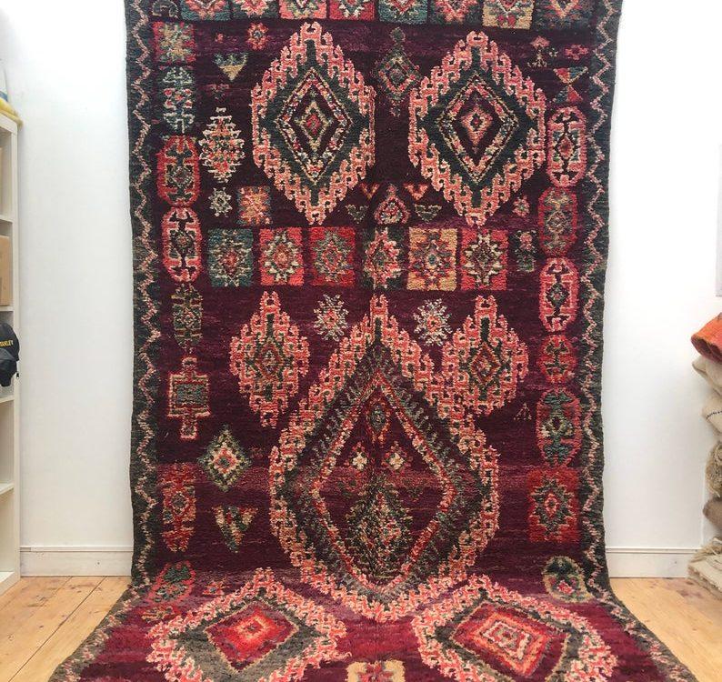 Old Berber carpet Beni Mguild 3.62x1.92m