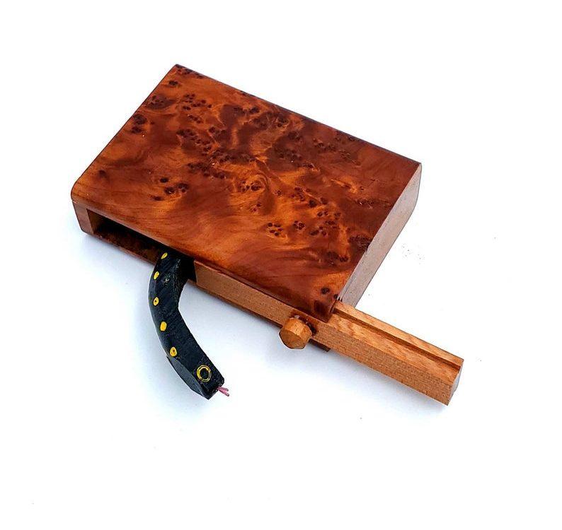 Thuya Burl Snake Gag Box | Thuya Wood Morocco