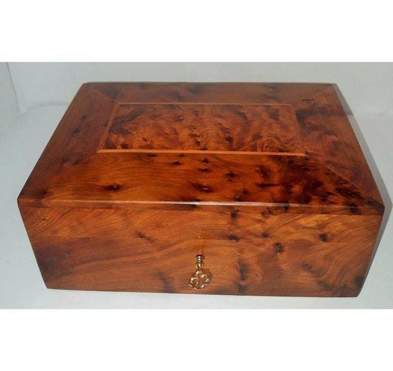 jewelry box with key, thuya wood