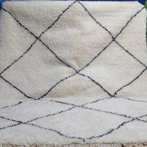 Handmade Moroccan Rug ,Beni Ourain rug , Style Moroccan Rug , Custom Beni Ourain rug , Authentic Moroccan rug ,White & Black Rug ,Custom rug