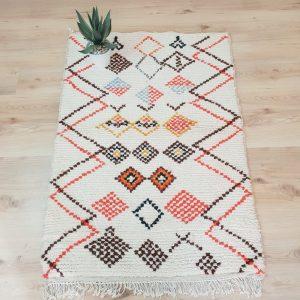 azilal carpet beni ouarain | Azilal Moroccan Rug | Moroccan Berber rug | Small Azilal Rugs
