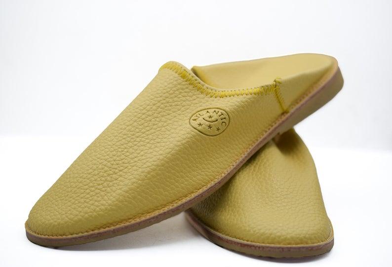 Babouche slippers men, Moroccan sheepskin slippers men, handmade leather mules