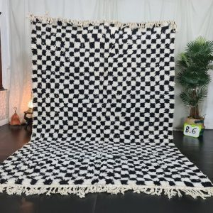 Authentic Moroccan rug , Artistic Beni Ourain Rug, White & Black Rug, Handmade Checkered Rug,Berber carpet, Tapis Marocain, Teppish Marokko.