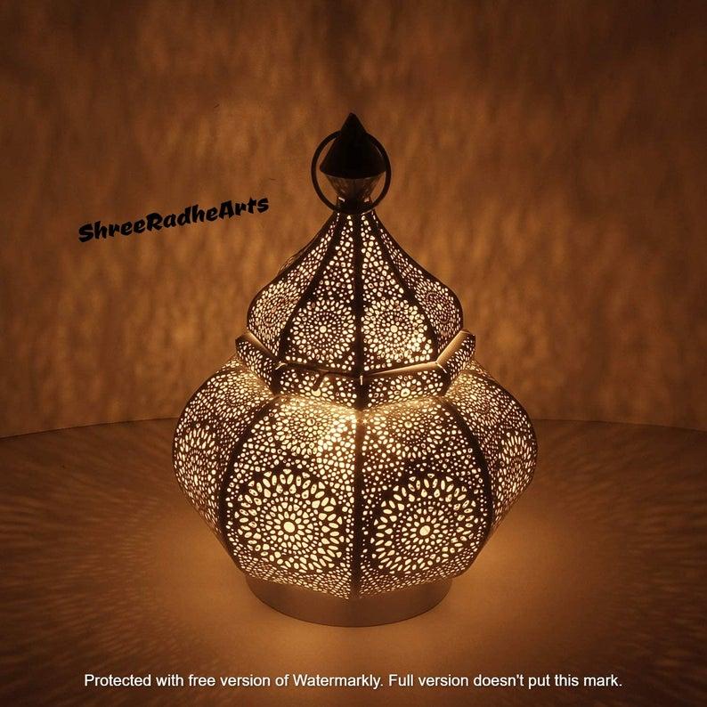 Moroccan Lantern Design | Vintage Decor lamp, Spectacular Play of Light | Table lamp+Garden Lantern | Home decor | Golden Light Lamp