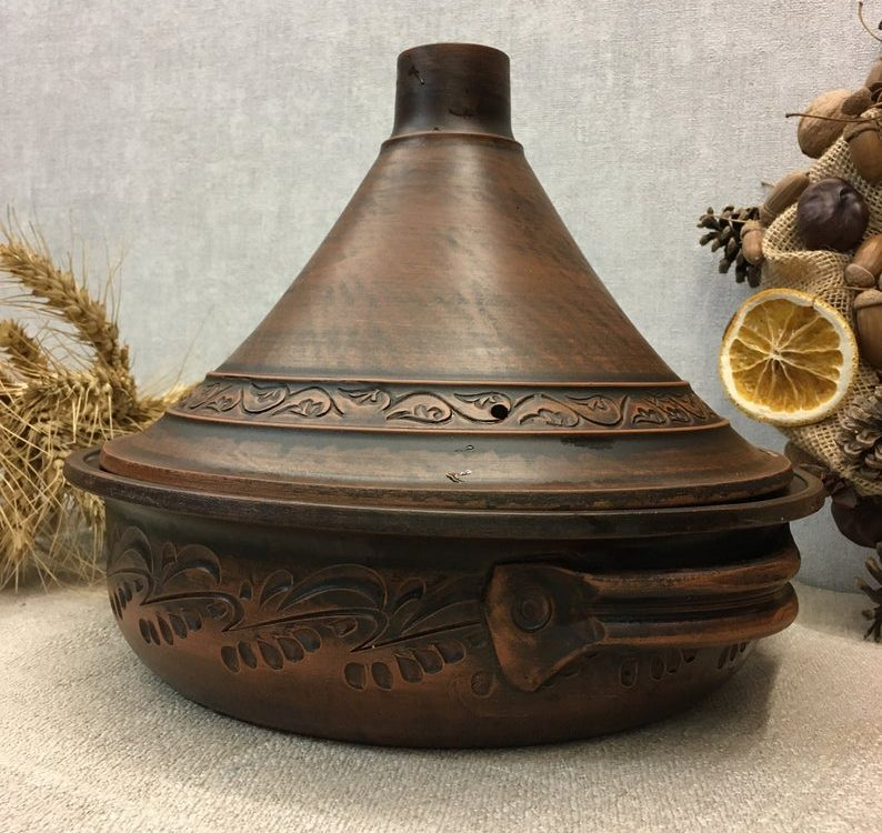 ECO red clay Moroccan tagine with lids made of red clay handmade without glaze and glass colorants. Rustic style