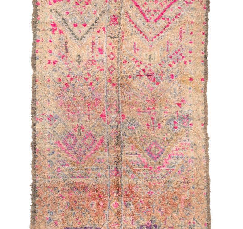 Charming berber rug , beni mguild rug , boujaad rug , vianteg rug , berber teppich , tapis berger , alfombras maroques