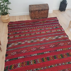 Vintage Red Kilim Rug 5x11 ft, Authentic Handmade Moroccan Berber Rug, Handwoven Wool Rug, Tribal Bohemian Area Rug - 340x158cm
