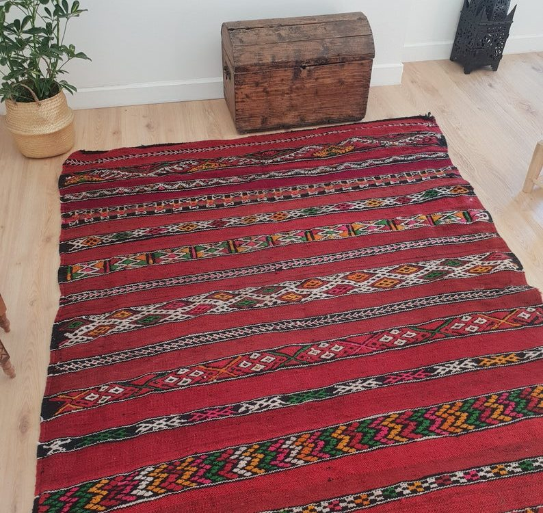 Vintage Red Kilim Rug 5x11 ft, Authentic Handmade Moroccan Berber Rug, Handwoven Wool Rug, Tribal Bohemian Area Rug - 340x158cm