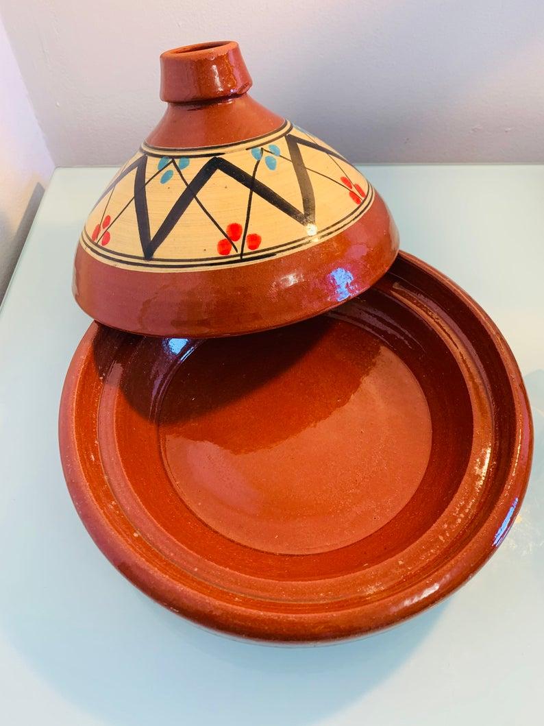 Moroccan Tagine, médium tajine, Moroccan pottery, cooking tagine, hand painted tagine ,Vintage Tagine, kitchen pottery