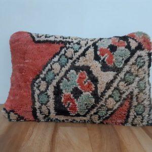 Vintage Berber Pillow - Moroccan Pillow - Old Berber Cushion - Boujaad Pillow - %100 Wool Cushion