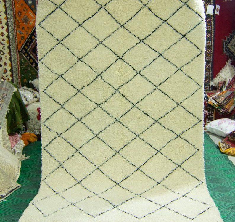 Beni ourain rug - Moroccan rug -Custom made rug - White Black rug - Floor area rug - Moroccan plain rug - Free shipping - Handmade rug