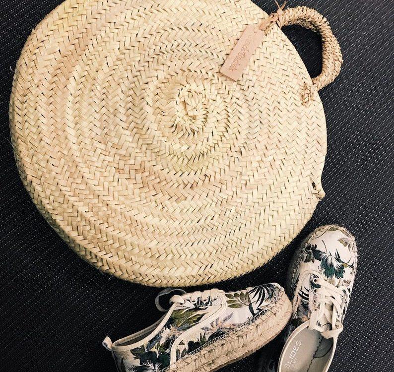 Round straw bag medium wicker basket natural Handles : French Basket Moroccan Basket straw bag french market basket Beach Bag woven bag