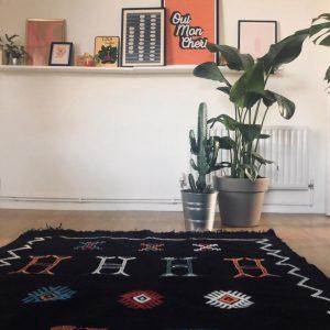 Lilly Handmade Black Berber Kilim Rug (231 x 147cm/7ft 6 x 4ft 8), Living room rug, Bedroom rug, Black rug, Modern rug, Abstract rug