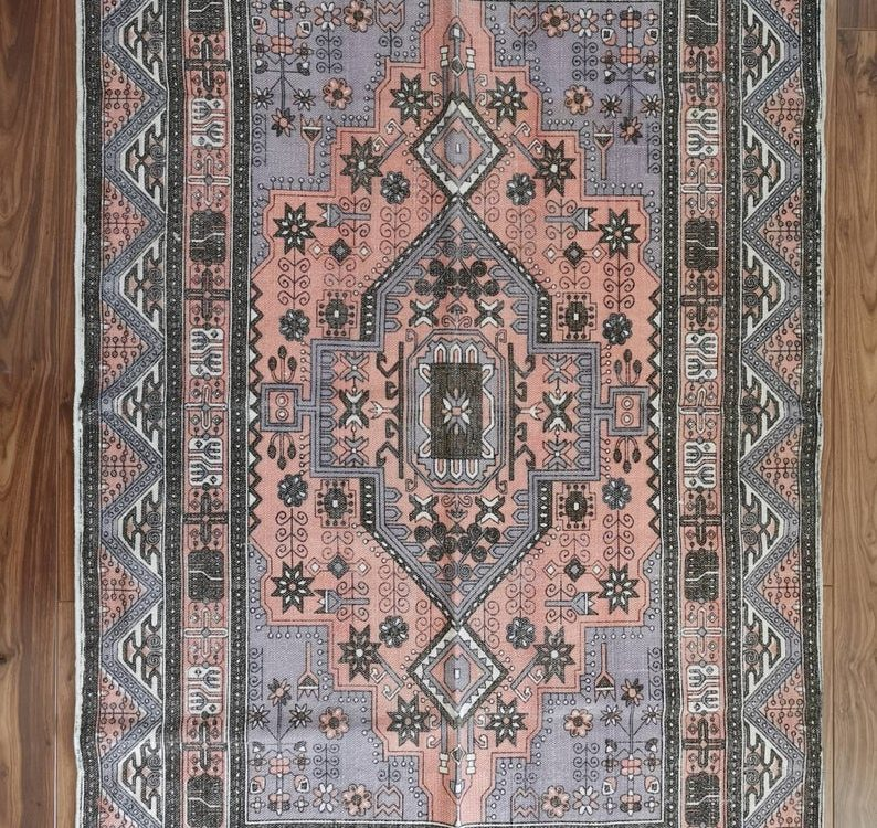 6ft by4ft Vintage Style Cotton Handwoven Handmade Area Dhurrie Rug   Persian Kilim Look   Moroccan Style  Purple Pink Pastel Boho Geometric