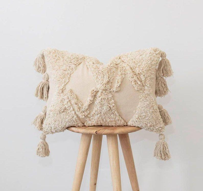 Cream boho cushion ~ cream Moroccan tassel pillow ~ lumbar rectangular Cushion Cover- Pom Pom cushion