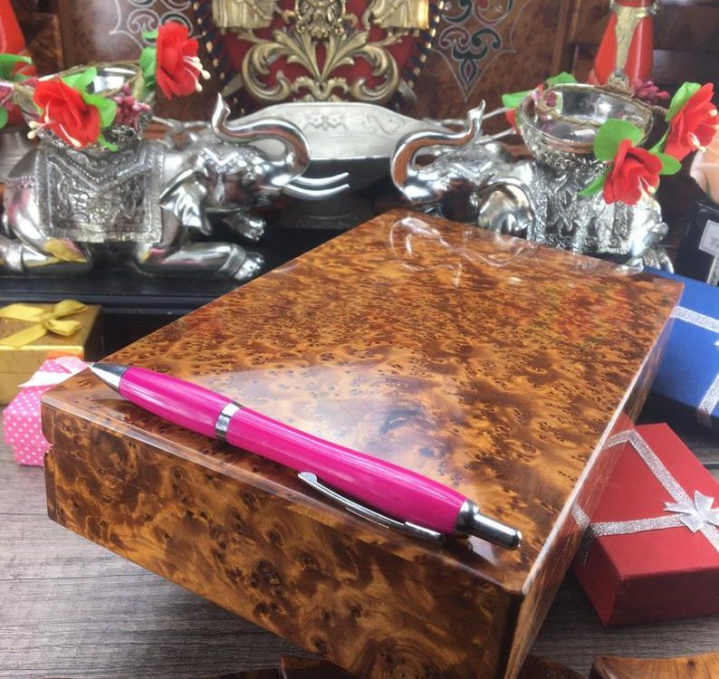 Hand Carved Wooden Gift Box Keepsake Box Storage Jewelry Decorative Art Organizer exotic thuya wood
