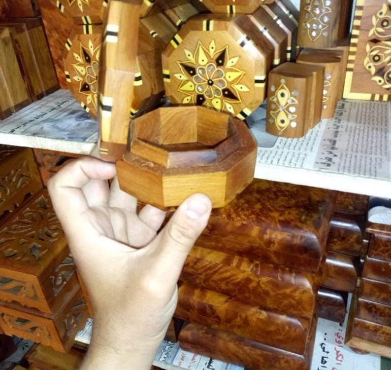 DHL shipping , handmade Moroccan, Wooden box of jewelry and other objects, thuja wood, Ideal Gift ,handmade thuya %100 Moroccan,