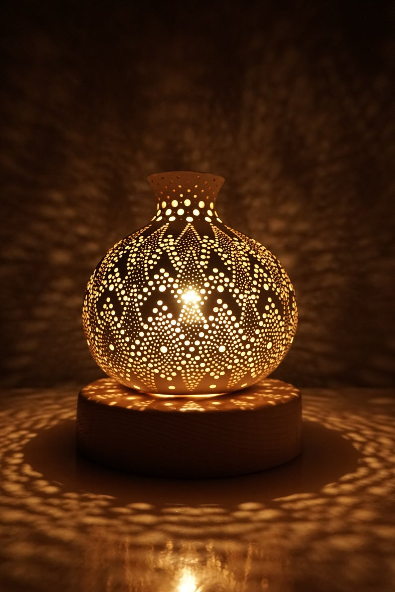 BLOOM III Gourd Lamp, Decorative lamp, Bedroom lamp, Housewarming Gift, Personalized Gift, Table Lamp, Anniversary Gift, Gourd Lamp